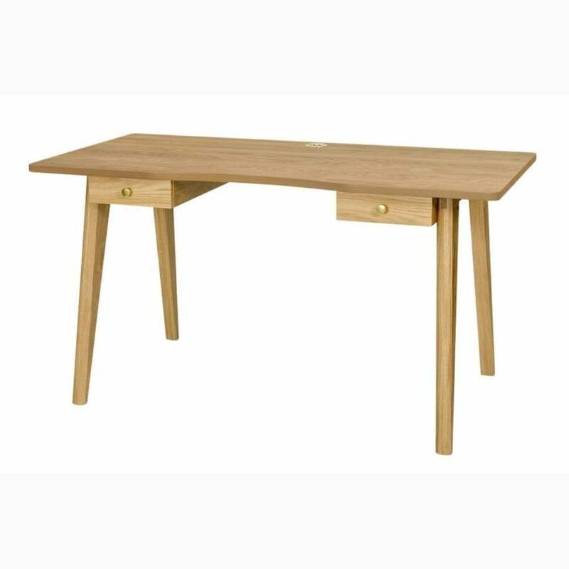 Nice kirjoituspöytä, lev.140, syv. 70 ja kork. 75 cm, tammea, 2 vetolaatikkoa, Woodman.