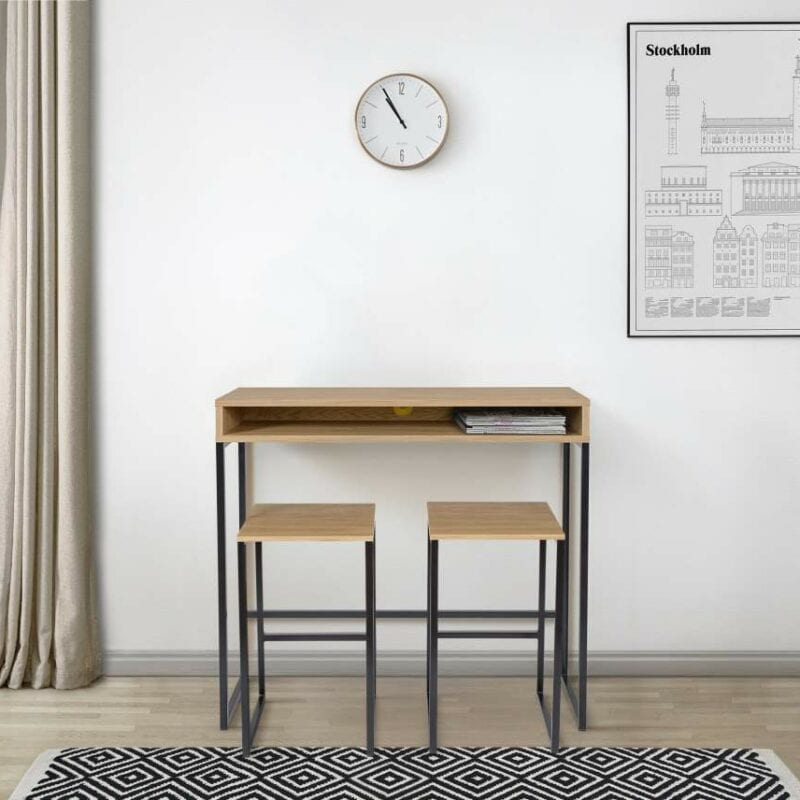 Frame työpöytä ja -tuoli kotikonttoriin.