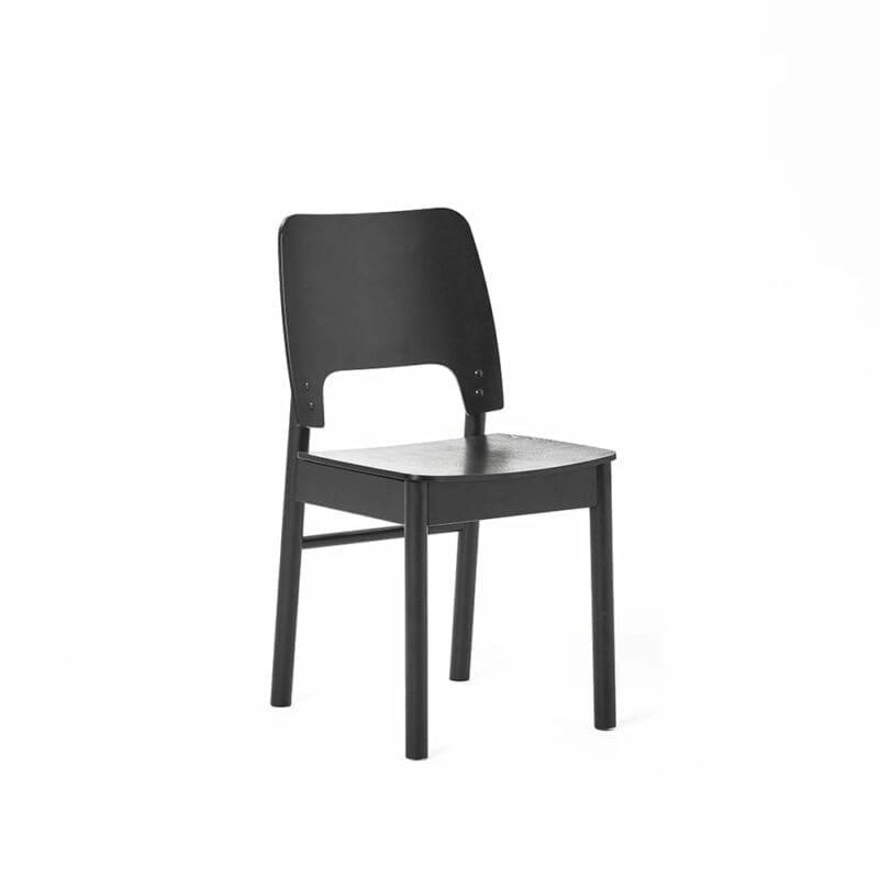 Karpalo -tuoli, koivua, musta petsi, Juha Mäkelä design.