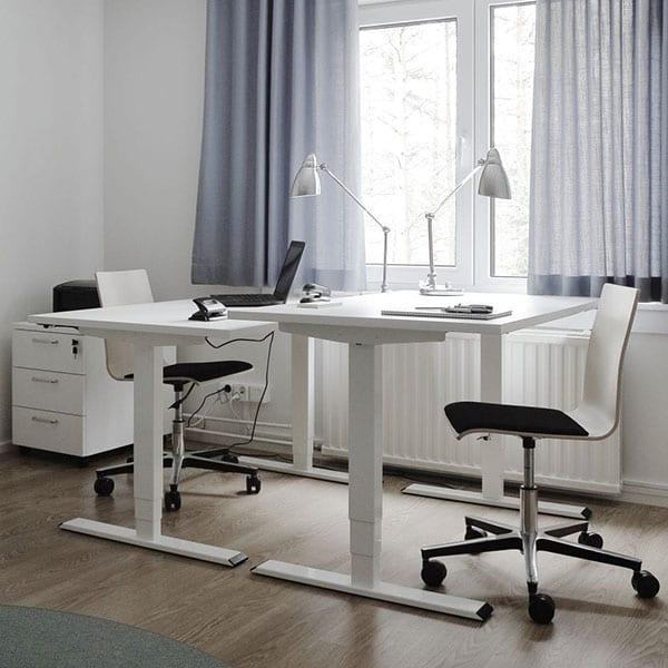 Kirjoituspöydät